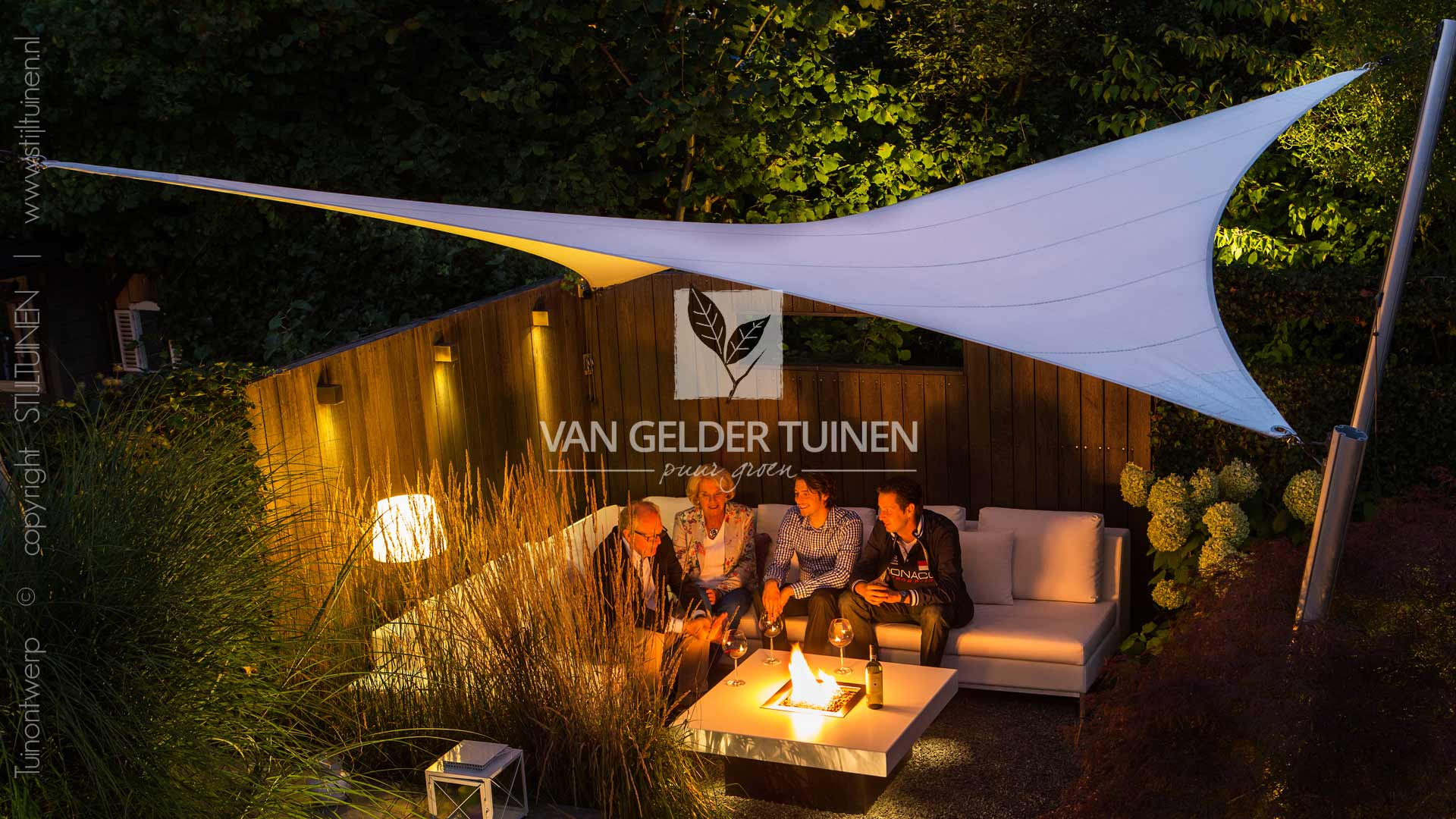 Loungehoek in tuin