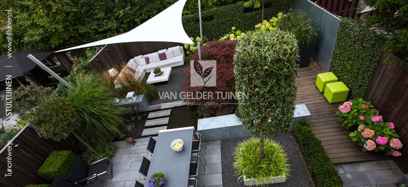 Deze tuin in Ridderkerk werd beloond met een tweede plaats in de tuinaanleg-competieie 'Tuin van het jaar'in 2012
