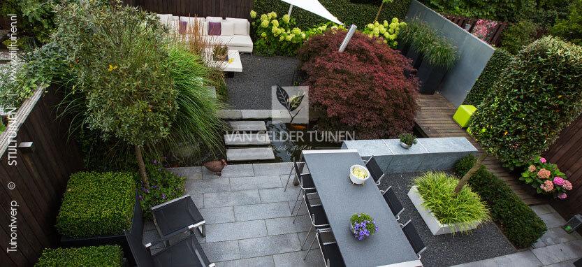 Strak tuinontwerp moderne tuin
