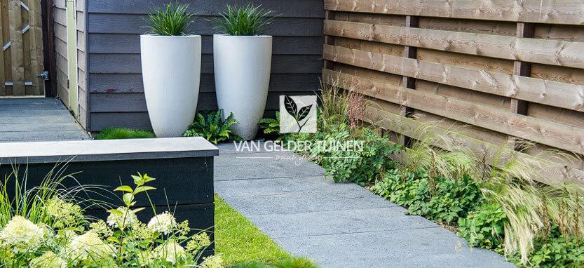 Onderhoudsarme mooie tuin met weinig onderhoud